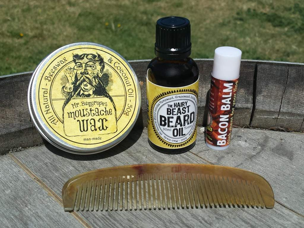 Mo wax beard oil bacon balm and comb